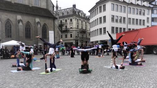 AcroYoga Flashmob Zürich