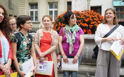 Migrantinnen führen durch Bern