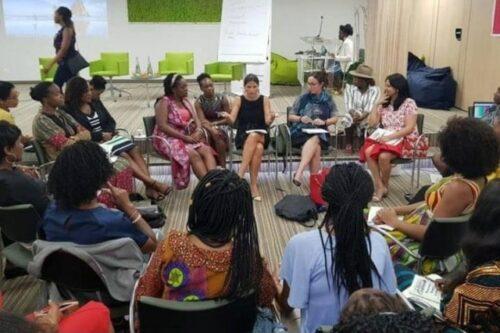 Phenomenal Women Global: Female Leaders Rising above COVID-19